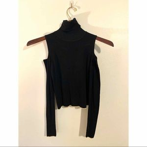 Black Zara cropped sweater
